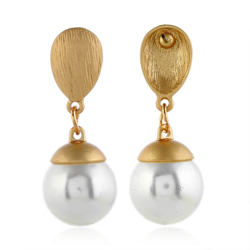Fashion Simple Lady Earring Water Drop Artificial Pearl Ear Stud Jewelry Temperament Charm Women Earrings Gifts in Drop Earrings from Jewelry Accessories