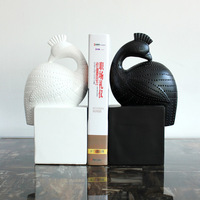 Home Furnishing decorative gift book desktop resin handicraft factory direct modern minimalist Swan ornaments