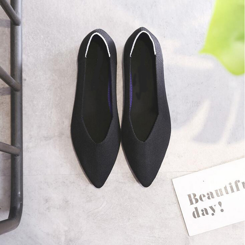 GENSHUO Casual Flat Shoes For Women New Autumn Breathable Comfortable Soft-soled Shoes Pointed Toe Shallow Red Flat Women Shoes