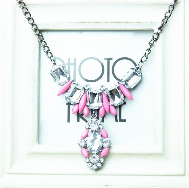NUNCAD Jewellery Factory Store Fluorescent color crystal pendant necklace sweater