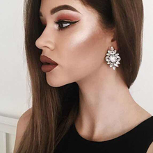 Full Crystal 2019 New Fashion Jewelry with Good Quality, Hot Sale Crystal Earring for Women, Statement Stud Earring