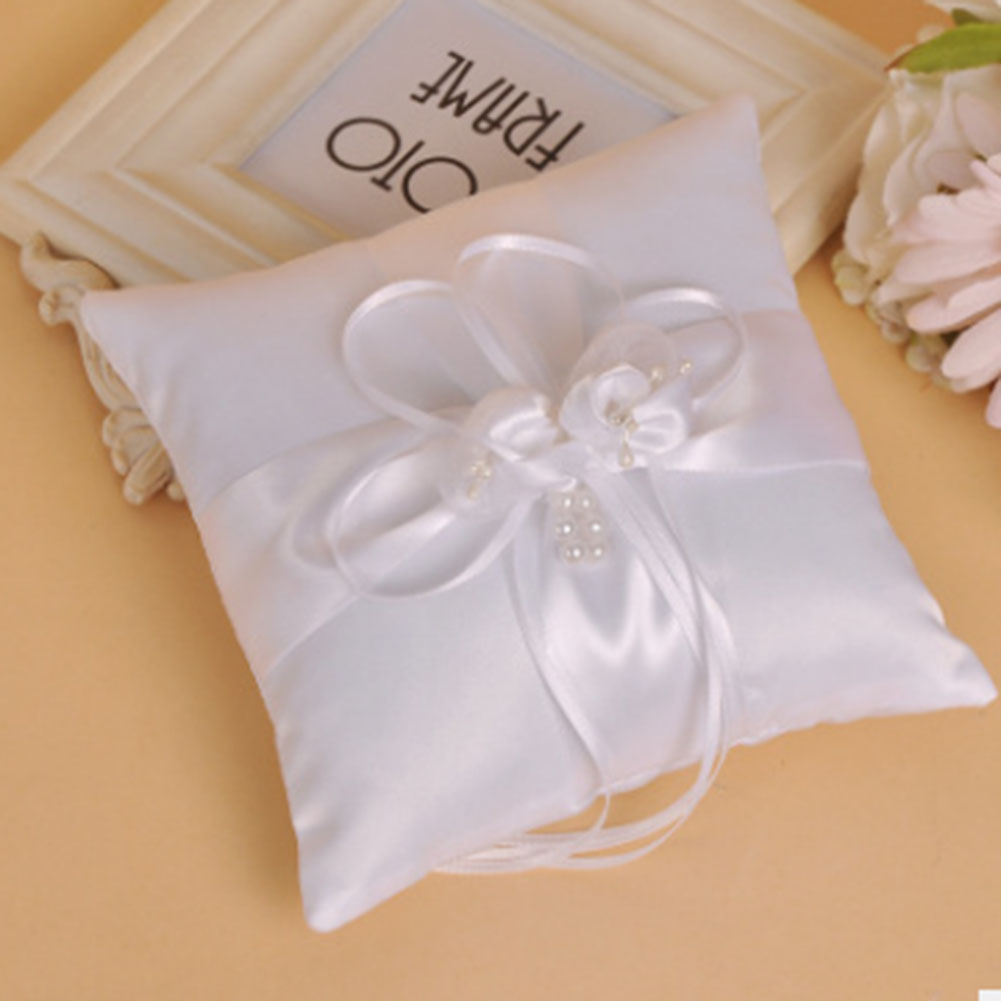 Romantic Wedding Favors Heart Shaped Jewelry Gift Ring Box Pillow ...