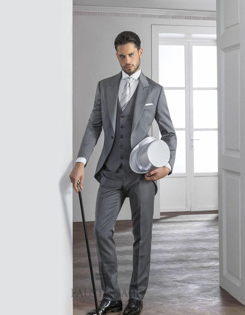 3e00c374806d2 2019 Gentleman szary męskie garnitury szczyt Lapel smokingi jeden przycisk męskie  garnitury ślubne tanie pana młodego