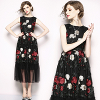 2018 New Fashion Runway Midi Summer Dress Women Elegant Sleeveless Tulle Mesh Flower Floral Embroidery Black Vintage Long Dress