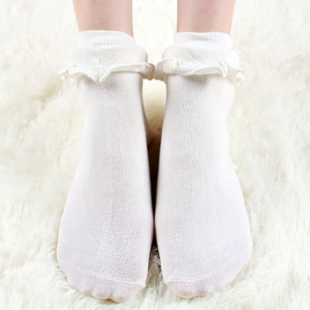 bcc204c898 Lovely Ladies Princess Frilly Sock With Retro Lace Ruffle Socks Japanese  Kawaii Women White Lace Ankle