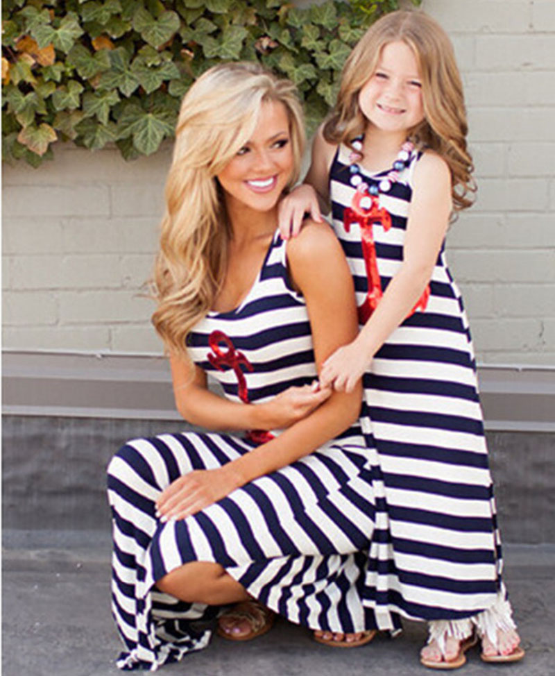 Fashion Striped Sleeveless Beach Summer Maxi Dress Mom and Daughter Dress Mother Kid Mommy and Me Matching Clothes