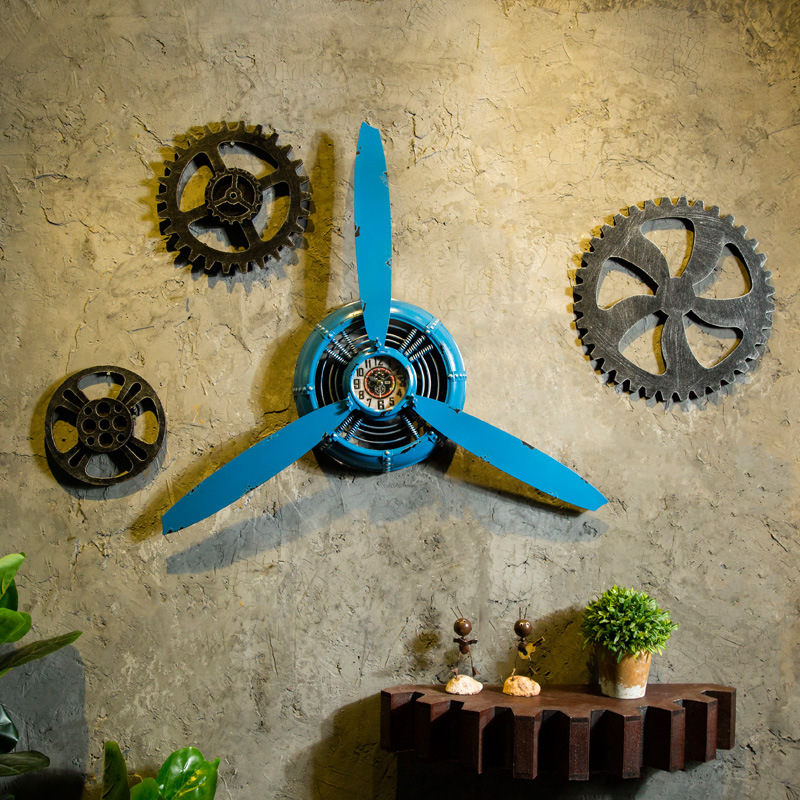 3 color Industrial Air Plane Propeller Metal Wall Clock Mute And HD Display Aeroplane Retro Ornament