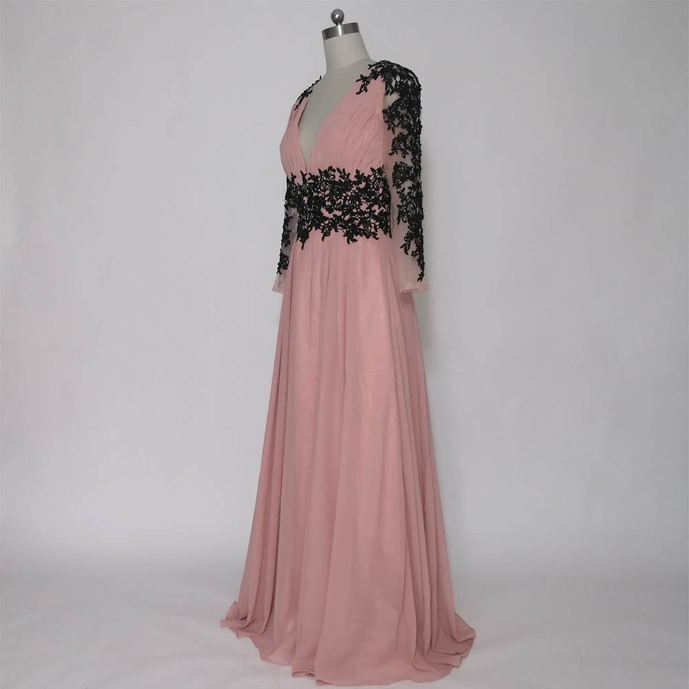 E JUE SHUNG Tozlu Pembe Siyah Dantel Aplikler Uzun Abiye Derin V Yaka - Özel Günler Için Elbise - Fotoğraf 3