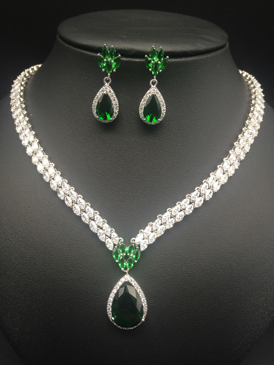 2019 new fashion green zircon water drop necklace earring set,wedding bride party banquet formal dressing jewelry free shipping2019 new fashion green zircon water drop necklace earring set,wedding bride party banquet formal dressing jewelry free shipping
