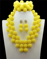 Üçgen Sarı Afrika Boncuk Takı Seti Nijeryalı Düğün Afrika Boncuk Takı Setleri Süsleme Boncuk Kolye Seti
