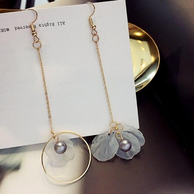 E0283 Korean Gold Color Long Tassel Asymmetric Earring Fashion Shell Pearl Drop