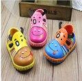 Zapatos de bebé del resorte niñas solos zapatos niños zapatos de suela suave cuero zapatos niños zapatilla de deporte de los niños botas
