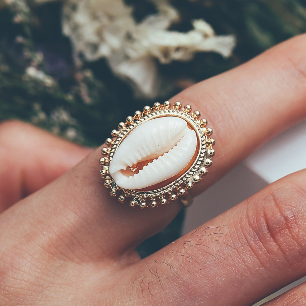 Hot Sale Bohemian Natural Seashell Rings Elegant Adjustable Finger Ring Jewelry For Women Girls Best Summer Gift Accessories