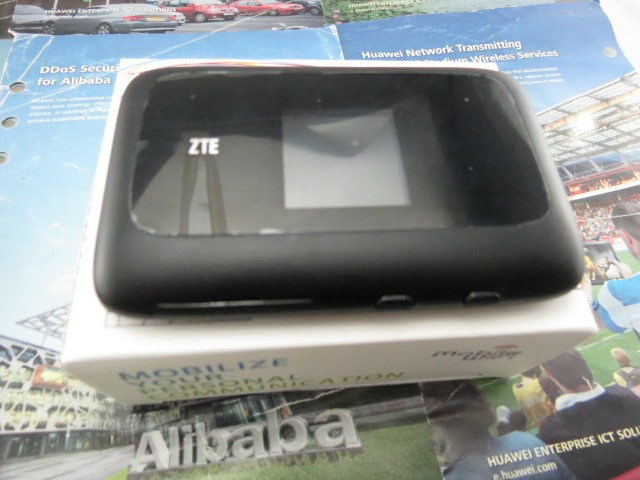 free shipping Original unlocked ZTE MF910 4G LTE Mobile Hotspot 4G Pocket WiFi Router
