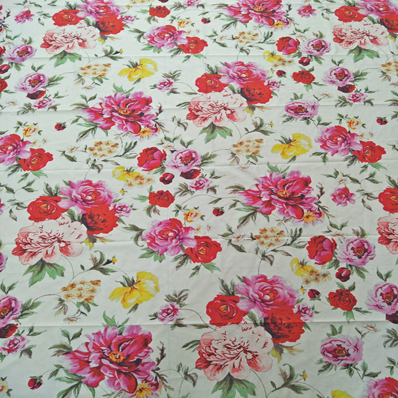 100X145cm Romantic Theme Fresh Witty Collection with Floral Print Cream Cotton Poplin Fa ...