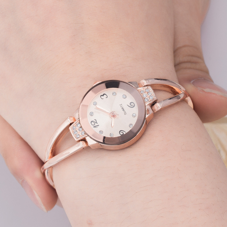Hot Watch Women Top Brand Luxury Sport Fashion Casual Quartz Watches Stainless Steel Waterproof Mans Timer Wristwatch
