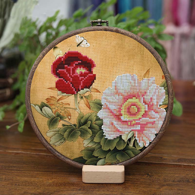 Embroidered cross stitch hoop cloth starter kit133 -