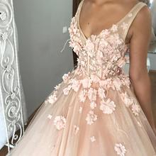 Dreamlike Peach Pink Floral Bridal Dresses 2018 Sparkle Tutu Puffy Ball  Gowns Pearls Long Wedding Gowns 855fe9c792dd
