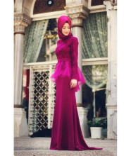 2015 Fuchsia Long Sleeve Muslim Evening Dress With Hijab Lace Appliques Prom Dresses Formal Gown In Dubai