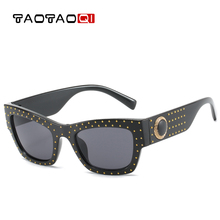 TAOTAOQI New Cat eye Sun Glasses Oversized Goggles Mens Square Sunglasses Women Fashion Famous Brand Rivet Black Eyewear Gafas