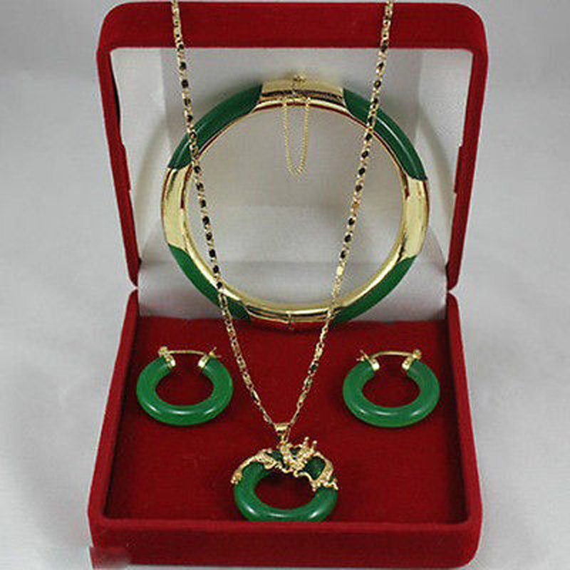 New ! Latest ! Womens green necklace pendants, earrings , bracelets Set AA5154New ! Latest ! Womens green necklace pendants, earrings , bracelets Set AA5154