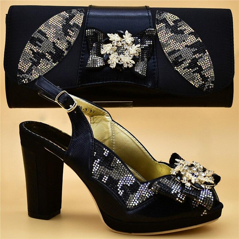 1509354ca4b433 Assortir Chaussures Designer Africain Luxe De Appliques 2018 or Sacs Bleu  rose black Femmes Mariage À ...