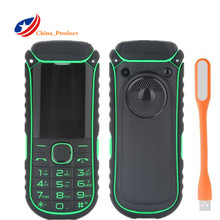 Original A5000 + 1.77 pulgadas 4400 mAH Espera Largo Teléfono Móvil del Banco de Potencia con Linterna Grande y Celular Ruso Del Teclado teléfonos