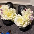 2017 zapatilla de verano para mujeres de la muchacha floral de playa sandalia de alta cuñas de plataforma grande de la flor adornó dulce diapositivas antideslizante zapato