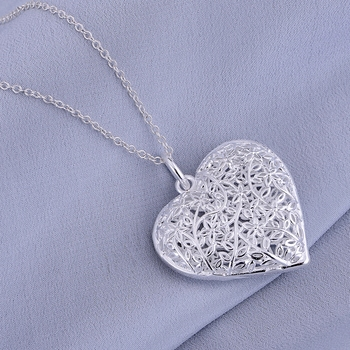 silver  plated Necklace,silver Pendant fashion jewelry , cordiform hollow shiny  /gfwaoxda hxeaqola LQ-P218 1