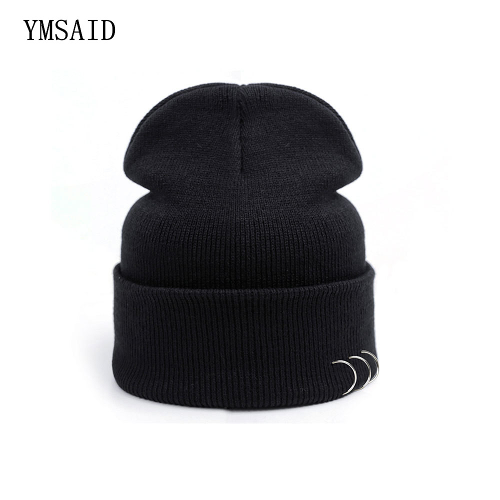 Vogue Black Beanies Hatte Harajuku Style Iron Ring Pure Color Bomuld Strik Skullie Couples Hip-Hop Punk Caps Unisex Tilbehør