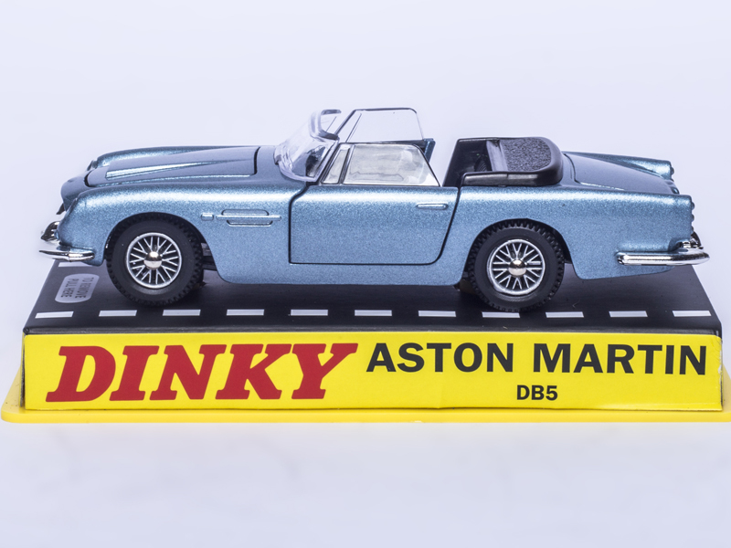 Atlas 1/43 Dinky toys 110 Aston Martin DB5 Alloy Diecast RED NEW Boxed CAR MODEL COLLECTION