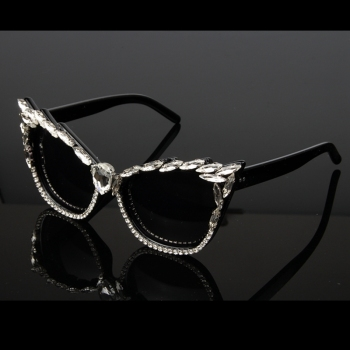 Women Luxury Crystal Cat Eye Brand Designer Sunglasses 1
