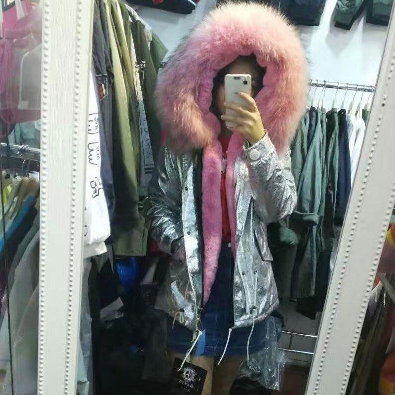 Belle rose de fourrure manteaux d'hiver en cuir veste argent manteau femmes survêtement raton laveur de fourrure à capuchon Court/Long parka