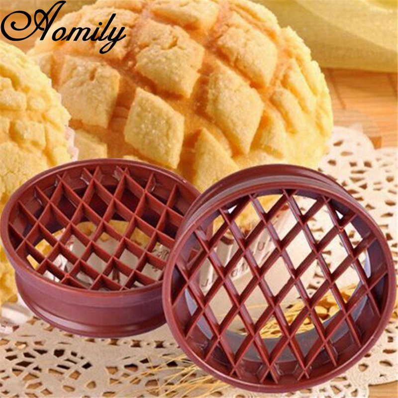 Aomily Bread Pineapple Shaped Mold Pastry Cutter Dough Cookie Press Bread Cake Biscuit Stamp