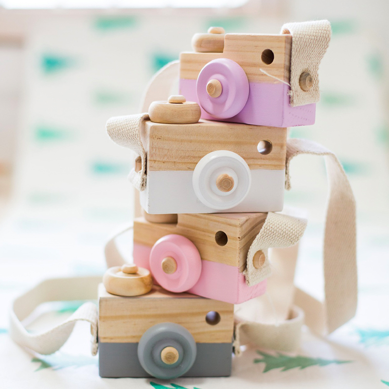 Cute Wooden Toy Camera Baby Kids Hanging Camera Photography Prop Decoration Children Educational Toy Birthday Christmas Gifts