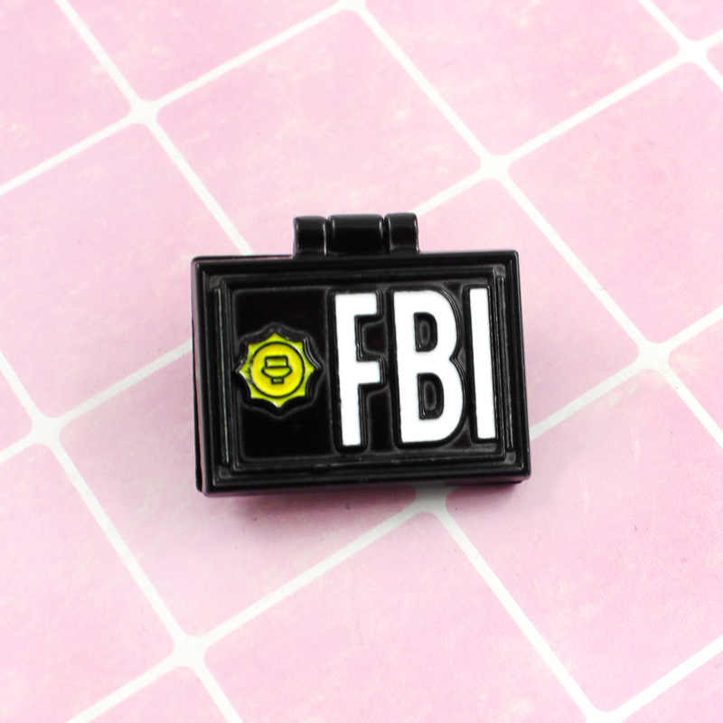 1PC Simpsons Pin X-File FBI Fox Mulder ID Kartu Bros Enamel Kerah Pin Lencana X- file Perhiasan Bros Pin