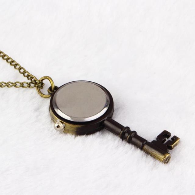 1pcs Shaped Watch Bronze Retro Vintage Pocket Key Necklace Hour Wall Chart Pendant