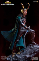 Vogue Loki Laufeyson Odinson Statue Marvel Super Hero Film Thor Ragnarok The Avengers 25cm Iron Studios Figure Figurine Toys