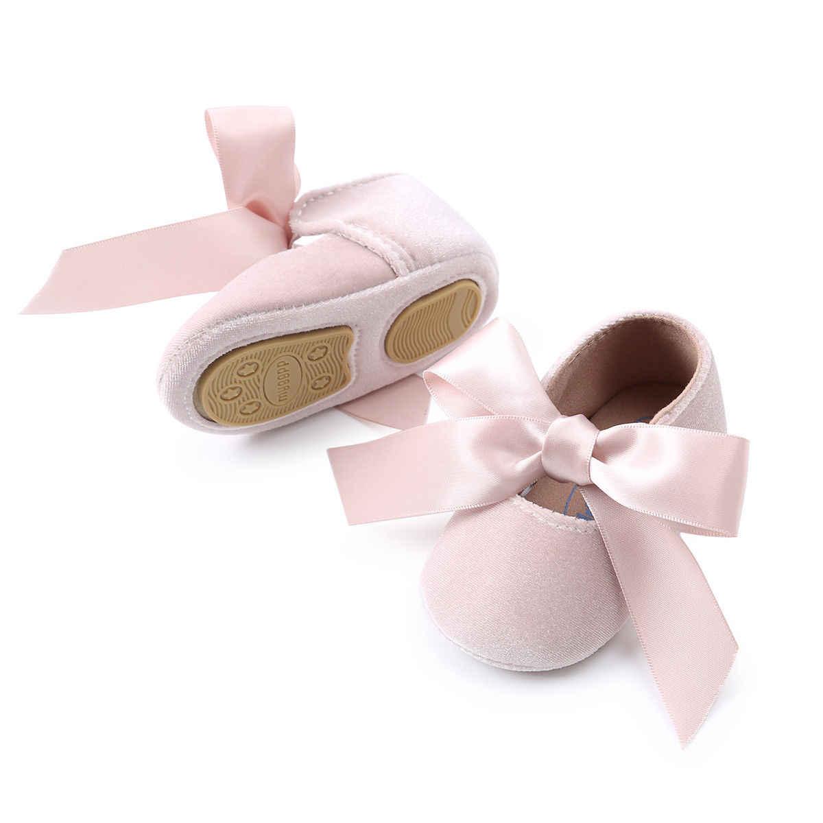 Tênis casuais de flanela para bebês, sapatos para meninas, recém nascidos, com laço, cores sólidas, 2018