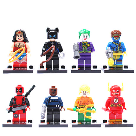 24pcs Constructing Blocks Marvel Tremendous Heroes Avengers Hulk Deadpool Iron Man Motion Figures minifigures toys
