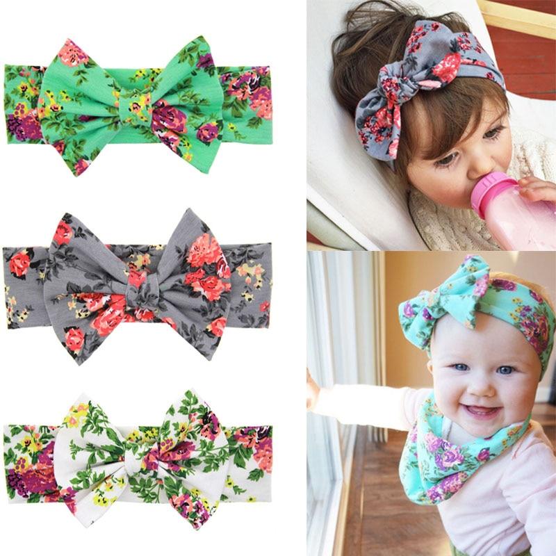 Vintage recién nacido bebe chica bowknot patrón floral headwrap ...