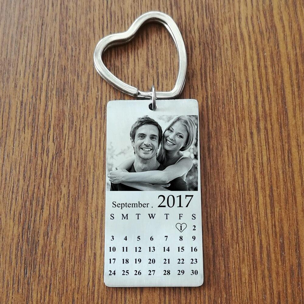 Edelstahl Benutzerdefinierte Photo Calendar KeyChain Engravable ID Hundemarke Charm-anhänger Schlüsselanhänger Dropshipping