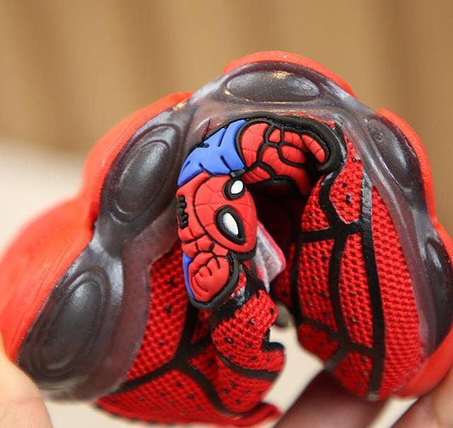 Ragazzi della Scarpa Da Tennis Delle Ragazze Spiderman Per Bambini Led Scarpe Con Le Luci della Scarpa Da Tennis 2020 Scarpe Autunno della Molla Dei Bambini Del Bambino Del Bambino Pattini Della Ragazza 3