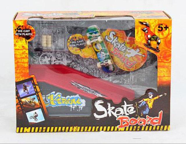 Venta caliente 26.5*10.5*19.5 cm Parque Rampa de Piezas para Diapasón Finger Skate Patinetas HT3848