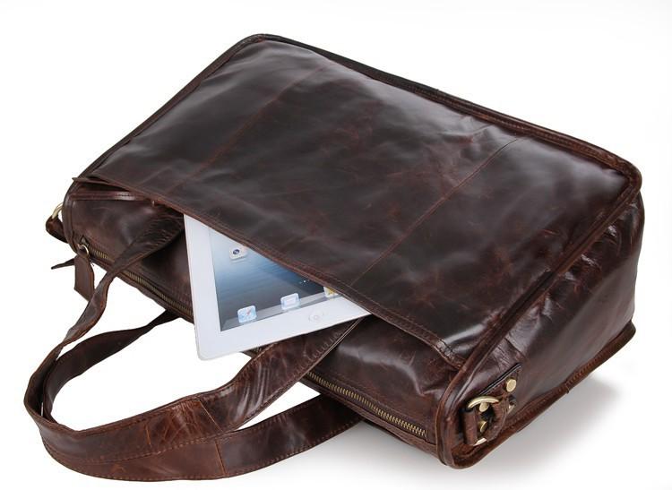 7138 (9) Travel Bag