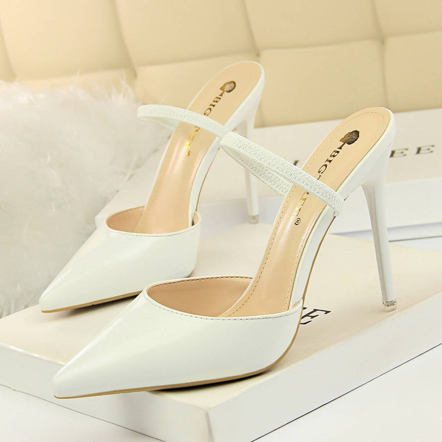 pumps women shoes summer sandals girls sandales femme 2018 nouveau fashion leather high heels pointed sexy female slippers in Women 39 s Pumps from Shoes