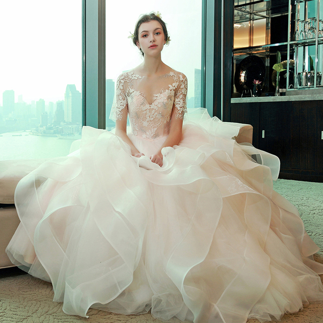 White Champagne Ball Gown Wedding Dresses Lique Lace Sleeves Ruffles Gowns Bridal Dress Vestidos Praia