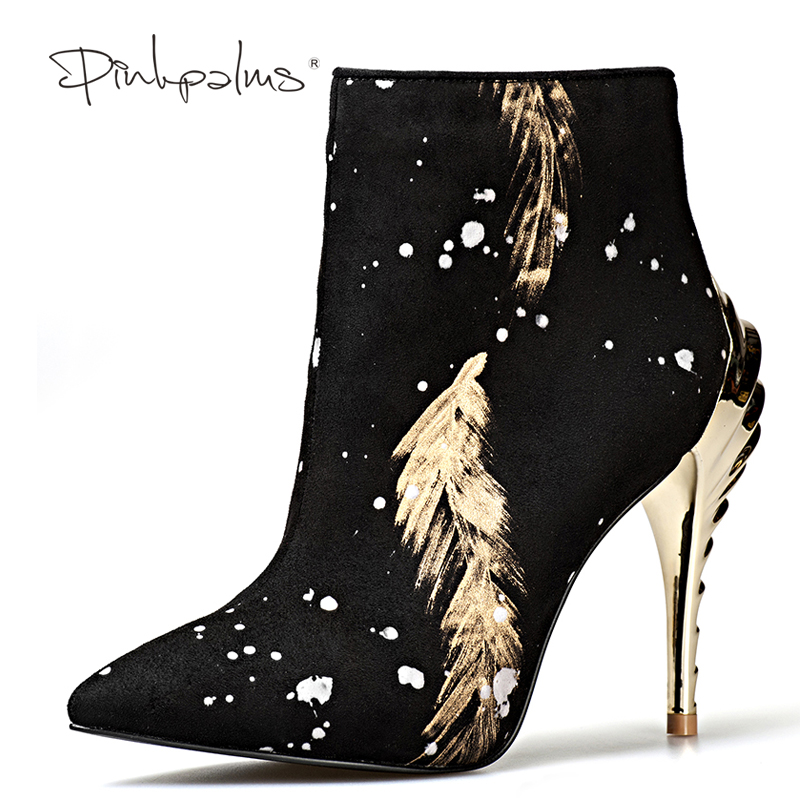 Розовые ладони Новейшие женские зимние ботинки странные Обувь на высоком каблуке ботильоны женские зимние сапоги с модным принтом с острым