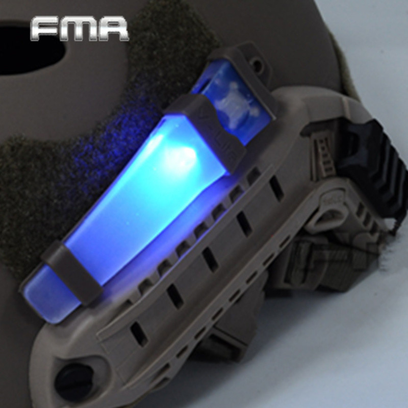 Prix pour FMA E-Lite Blink Signal Lumineux Pour NVG Utilisateur de Sécurité Strobe Light Avec Deux Modes Tactique Casque Gilet Sac la Lumière se fixer