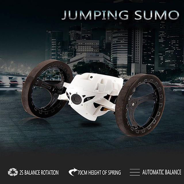 Hot 2016 de Salto Sumo Conectados Juguetes Mini RC Coche 2.4 GHz Rebote Coche Con Ruedas Flexibles Coche de Control Remoto